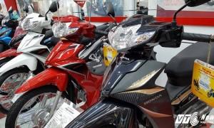 Đứng trước lệnh cấm, tổng doanh số xe máy vẫn tăng mạnh