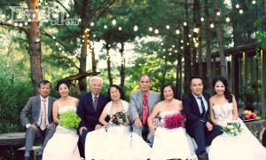 """Cả thế giới ra mà xem, bộ ảnh cưới có """"1-0-2"""": 3 thế hệ đều mặc váy cưới cùng 1 ngày"""