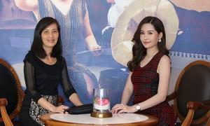 Con gái đứng trước khả năng bị tước vương miện, mẹ Hoa hậu Đại dương 2017 nói gì?