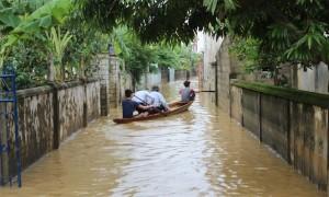 MƯA LỚN KHẮP MIỀN TRUNG: Hà Tĩnh nguy cơ ngập lụt