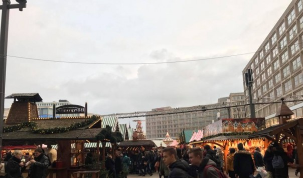 TIN ĐỨC MỚI NHẤT: Phát hiện chất nổ tại chợ Giáng sinh ở TP Postdam