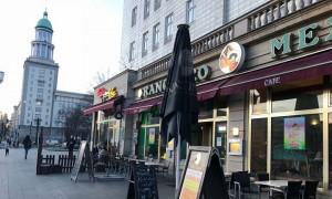 CẦN SANG NHƯỢNG LẠI QUÁN ĂN GẦN TRUNG TÂM BERLIN