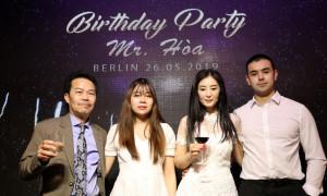 """ALBUM: BIRTHDAY PARTY MR. HOÀ (NGHỆ DANH """"HÒA XÂY DỰNG"""" TẠI BERLIN CHLB ĐỨC"""
