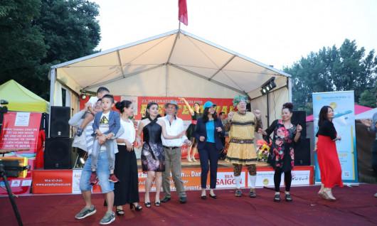 KHAI MẠC LỄ HỘI BIA QT LẦN THỨ 23 DO ASIA SKY TOURS TEAM TỔ CHỨC