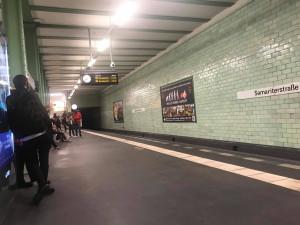 TIN MỚI SÁNG 24.9: SOS - CẢNH BÁO CƯỚP TRÊN TẦU TẠI MỘT SỐ QUẬN Ở BERLIN