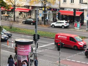"""""""CÓ NÊN CẤM HẦU HẾT CÁC XE Ô TÔ Ở TRUNG TÂM THÀNH PHỐ? - BERLIN TRƯNG CẦU Ý DÂN"""