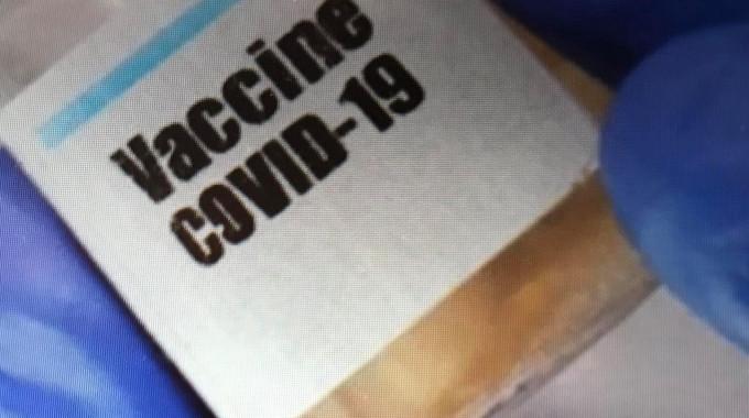 NGÀY CÀNG NHIỀU NGƯỜI MUỐN ĐƯỢC TIÊM VACCINE PHÒNG COVID-19
