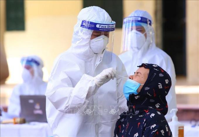 TIN DỊCH TẠI VIỆT NAM 11.9: Thêm 11.932 ca nhiễm mới SARS-CoV-2; cả ngày có 217 ca tử vong