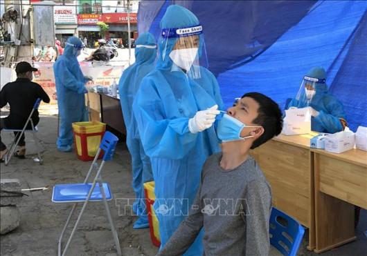 TIN DỊCH COVID-19 VIỆT NAM 15.9: Thêm 10.585 ca nhiễm mới và 250 ca tử vong + Có 14.189 ca khỏi bệnh