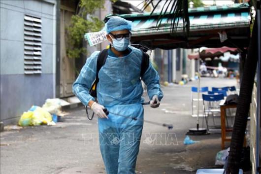 TIN DỊCH VIỆT NAM 16/9: Thêm 10.489 ca nhiễm mới SARS-CoV-2, có 5.750 ca nặng đang điều trị